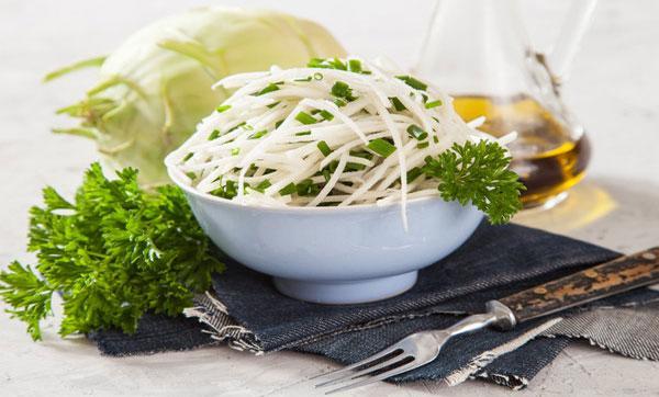 салат из капусты кольраби для худеющих