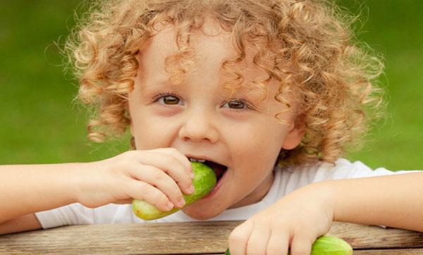 польза огурцов для детей
