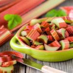 Овощная культура ревень: польза и вред для организма человека, рецепты использования